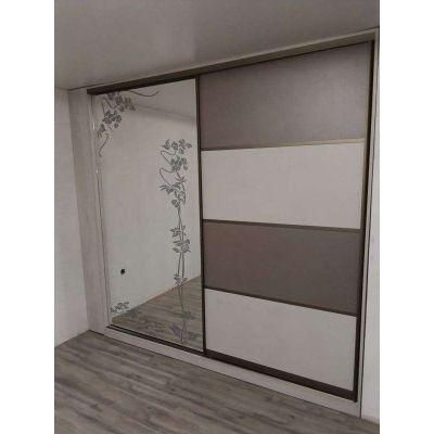 зеркальный шкаф на заказ - бежево-белый Главная на заказ по индивидуальному дизайну доступная цена, современная мебель, в кре...